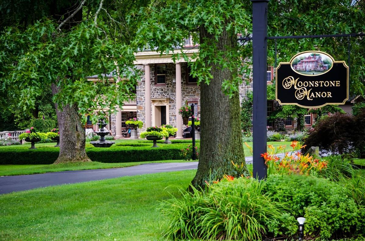 Moonstone Manor Wedding Ceremony Amp Reception Venue