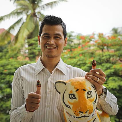 BHUTAN  #ThumbsUpForTigers under International Tiger Day