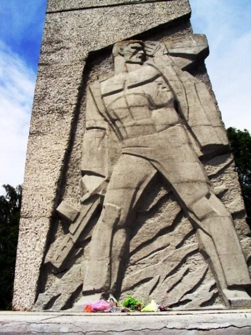 д. Пасынки Поставского р-на. Памятник погибшим партизанам
