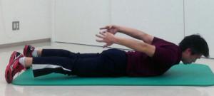 姿勢保持のための背筋トレーニング経負荷