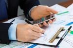 business-finance-sales-manager-chart-man-hands