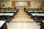 college_lectue-hall_projector