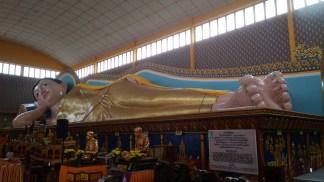 33 meters long reclining Buddha