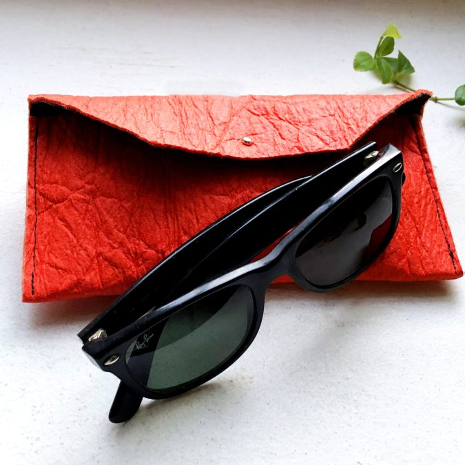 spectacle case Piñatex® Katia Paprika closed