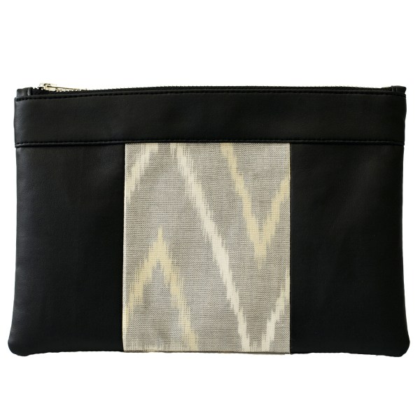 Le sac qui fait pochette, 100% vegan en Noir et Gris Montagnes, fabriqué en France pour l'empowerment des femmes.