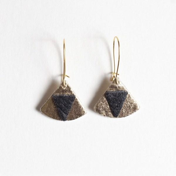 Boucles d'oreilles Piñatex Triangles Doré Noir