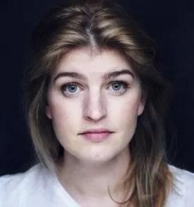 Claire Curtis-Ward Headshot