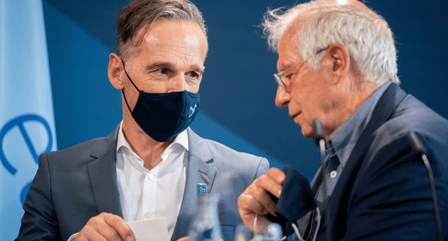 EU High Representative for Foreign Affairs and Security Policy, Josep Borrell and German Foreign Minister Heiko Maas talk before a press statement on August 28, 2020 in Berlin, Germany. Kay Nietfeld / POOL / AFP