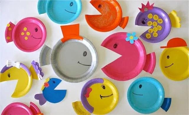 manualidades-para-ninos-faciles-y-divertidas-peces-con-platos-de-plastico
