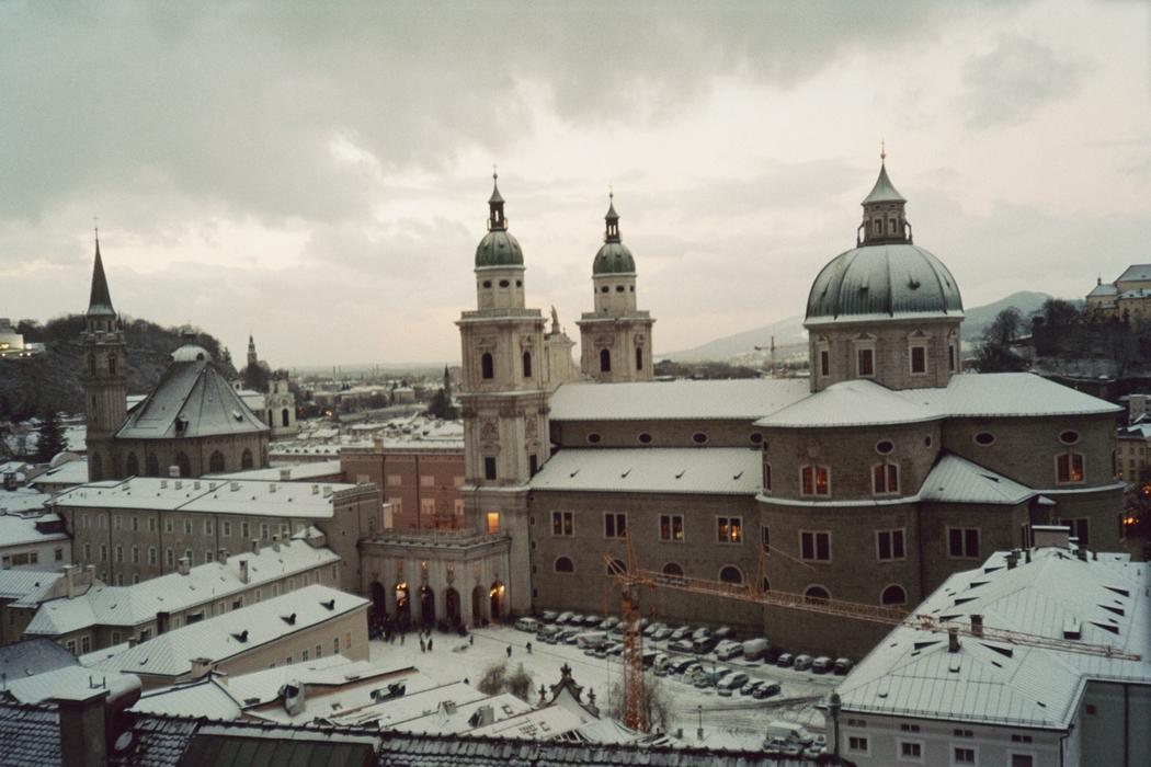 Kevin Stenson pictures of Vienna and Salzburg Austria December 2004