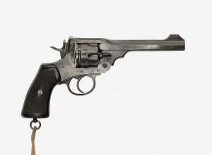 tolkien revolver