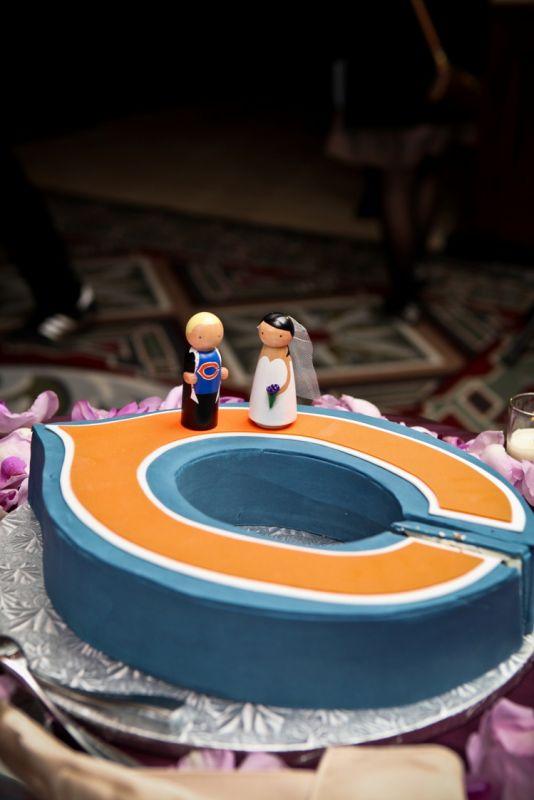 Chicago Bears wedding cake topper