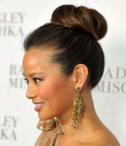 show big bun hair inspiration