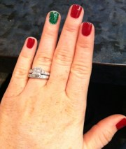 red green nails christmas
