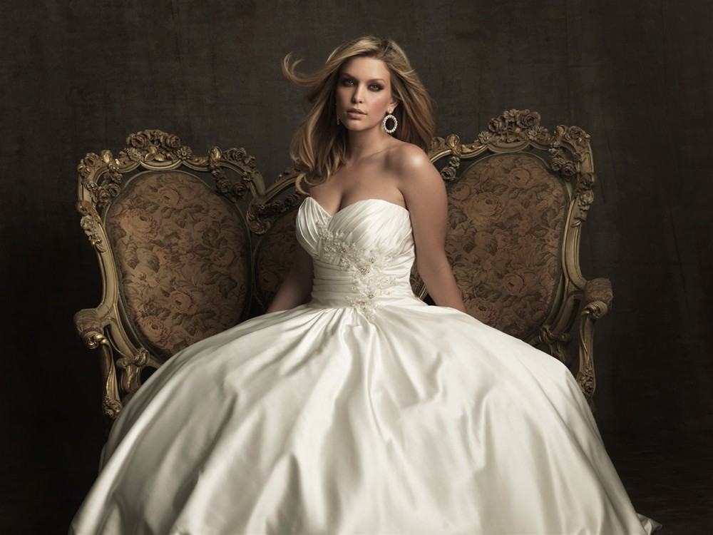 Ball Gowns For Us Voluptuous Ladies??