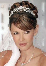 tiara and veil hairstyles