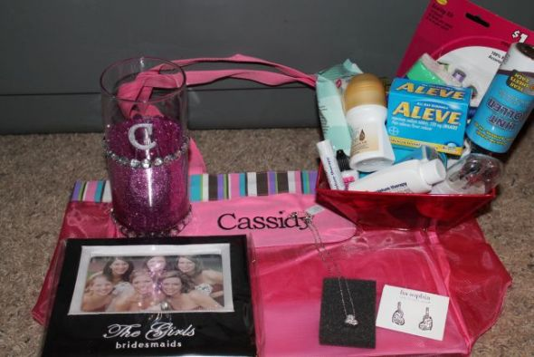 diy bridesmaid gift baskets