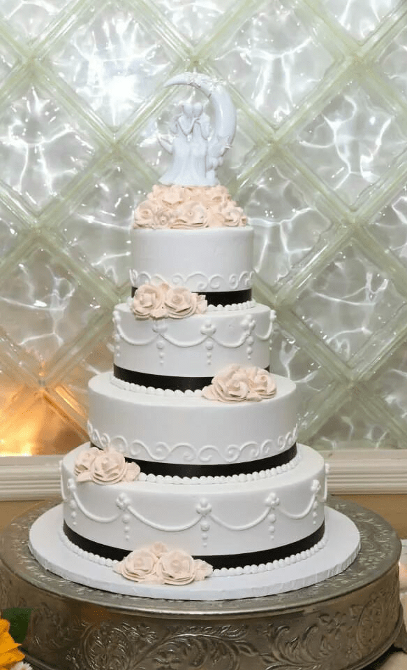 Show Me Your Cake For 100 Guests