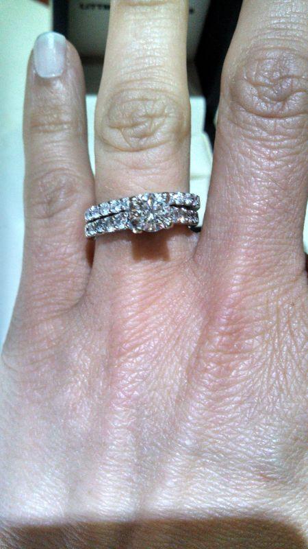 Do You Wear Your Wedding Band On Top Or Bottom : wedding, bottom, Engagement, Bottom