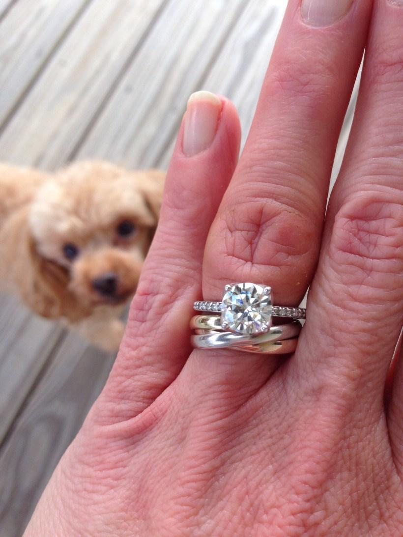 how do you wear your wedding rings | deweddingjpg.com