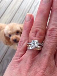 quiet wedding: Proper way of wearing wedding rings