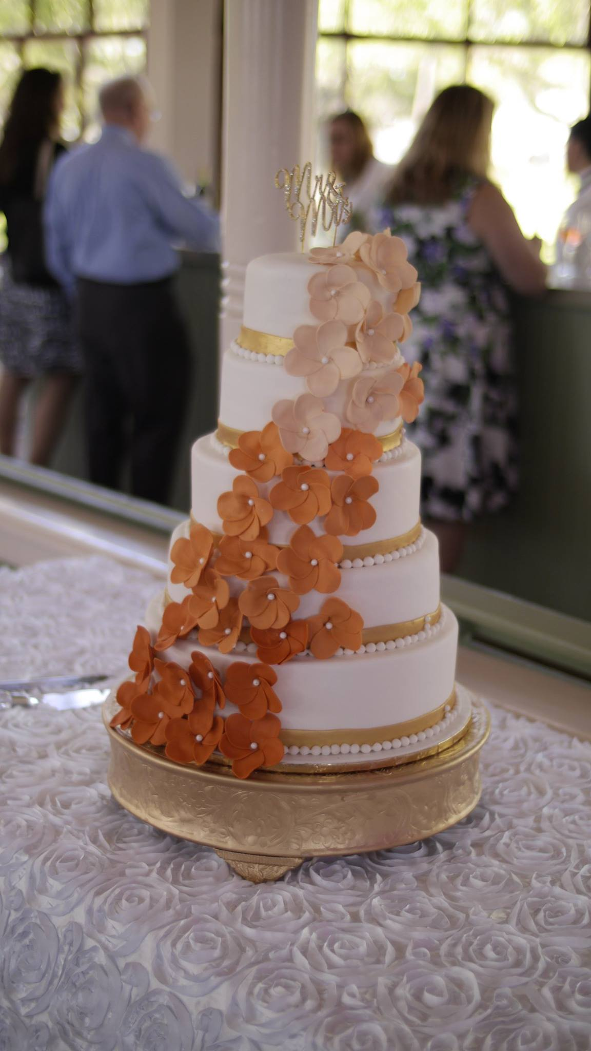 Instead Of Cake Bundtinis Wedding Ideas In