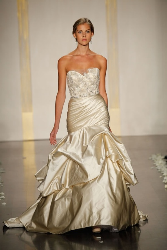 Post your Gold wedding dress or dress inspiration here