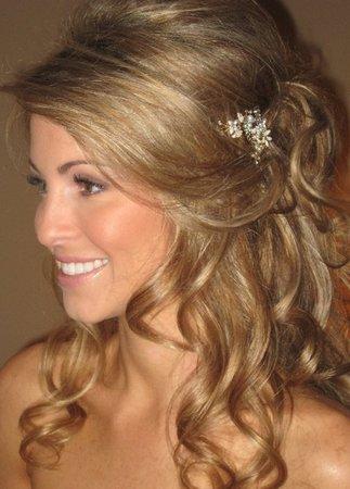 please post pics of your half up dos w loose curls weddingbee