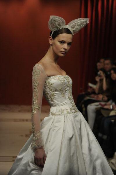 Bridal Market 2010 - Reem Acra :  wedding bridal market 2010  Val0843 _VAL0843