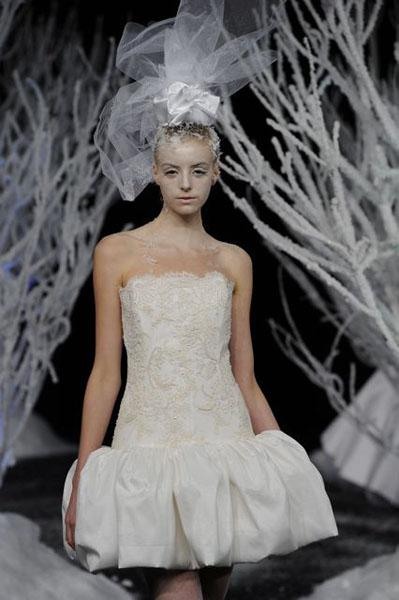 Bridal Market 2010 - Douglas Hannant :  wedding bridal market 2010  Val4107 _VAL4107