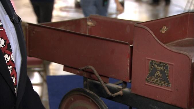 Steelcraft Pedal Mack Dump Truck ca 1925  Antiques