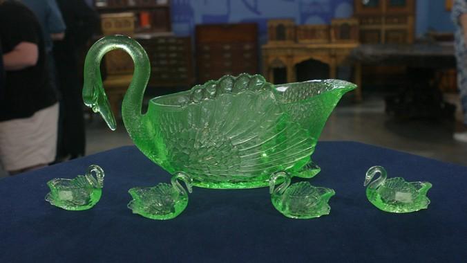 Cambridge Glass Company Swans Punch Set Ca 1930