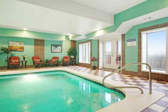 vacation rentals with private pools