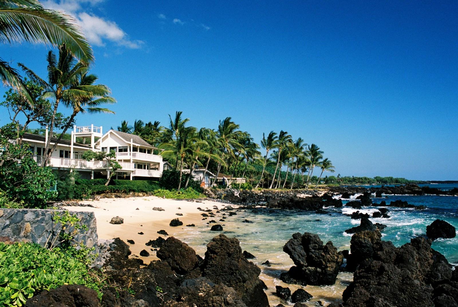 Oceanfront Vacation Rentals Beach House Rentals Condos Vacasa