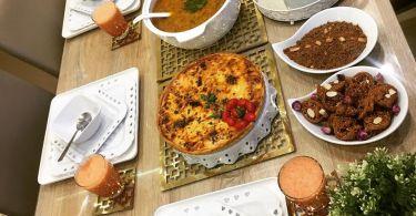 موائد رمضانية مغربية : شوربة بالخضر و الكفتة كتجي لذييذة