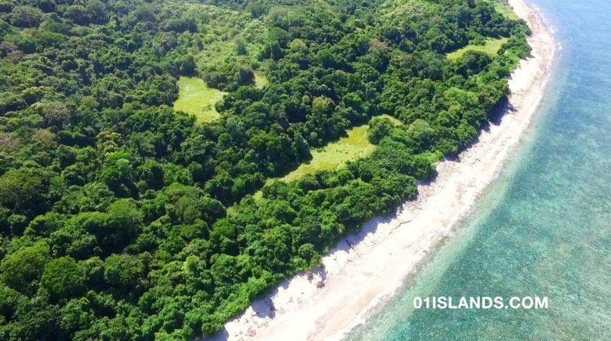 SUMBA-LAND-BALILOKU-BEACH