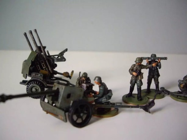 Esci / Italeri / ERTL / Revell / WW II German Guns