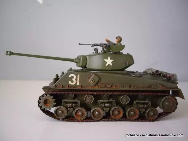 New 1//72 Diecast Tank US Army American Sherman M4A3 76mm Tank w// Case WWII 1945