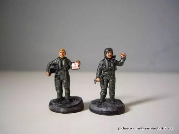 1/72 ESCI 243 NATO Pilots and Ground Crew