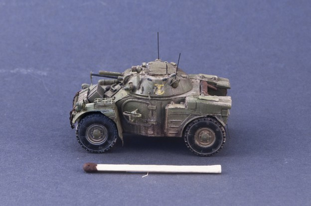 1/72 ACE – 72412 – Panhard AML-60 , Spanish Navy Marines (Finished Model)
