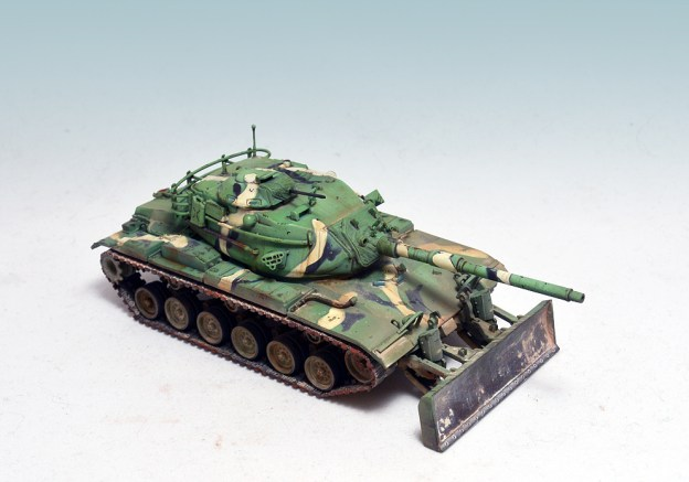 1/72 – Revell – 03175 – M60 A3 w/ Dozer Blade