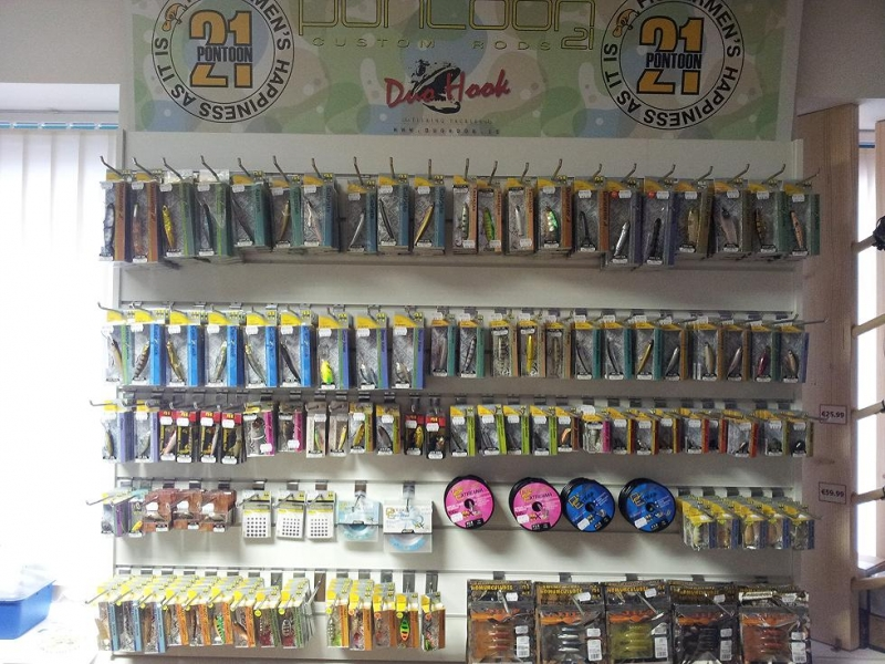 Fishing Tackle Shop 1000sADS