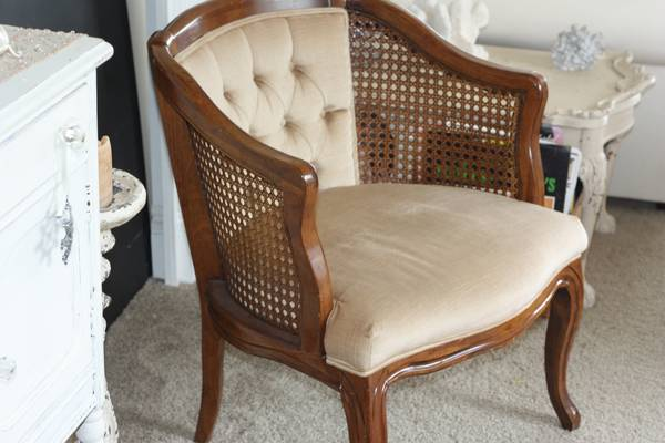 cane back chairs antique sewing patterns for chair cushions craigslist finds: accent | 1000 wonderful things