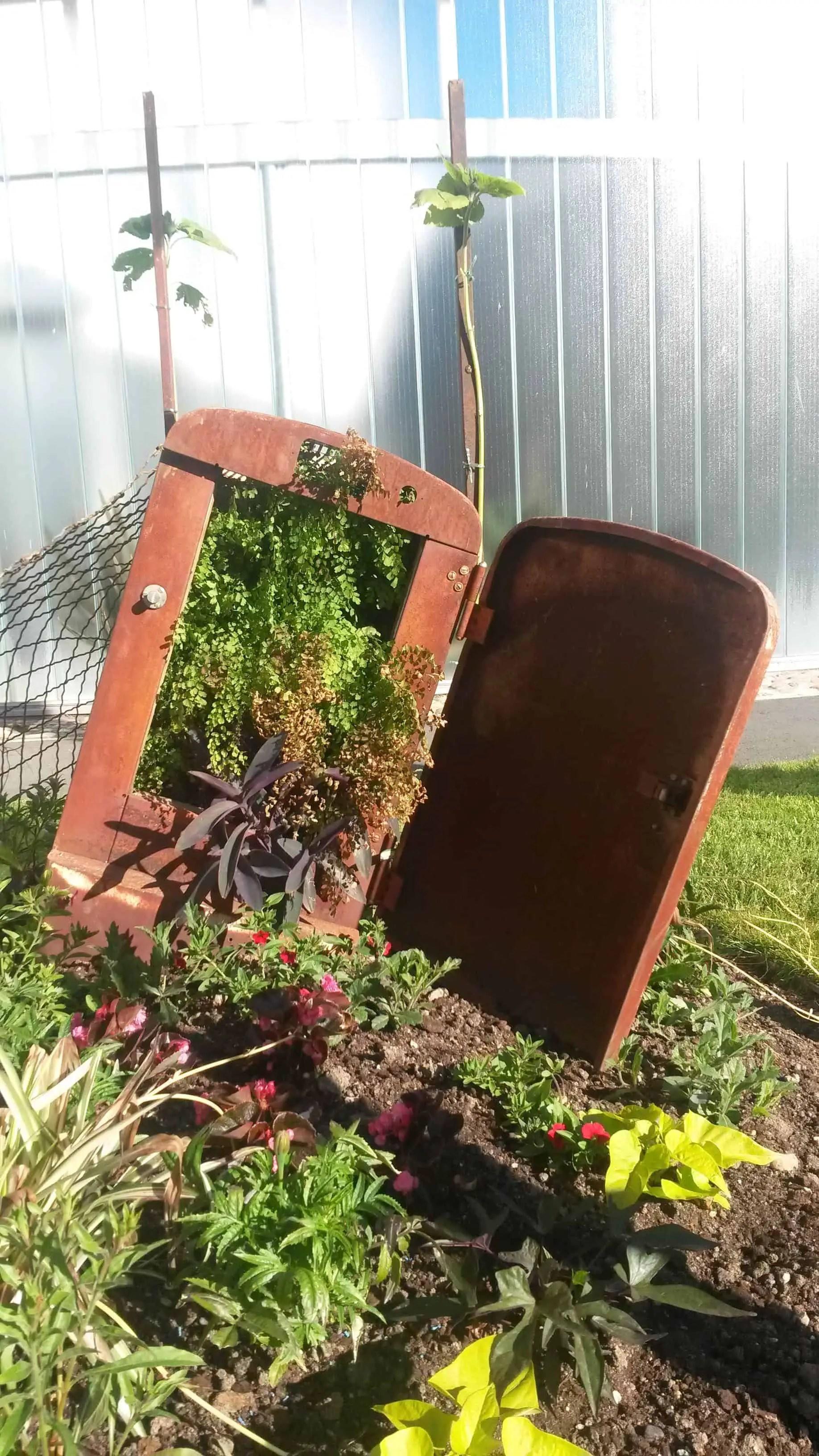 Repurposed Planter  1001 Gardens
