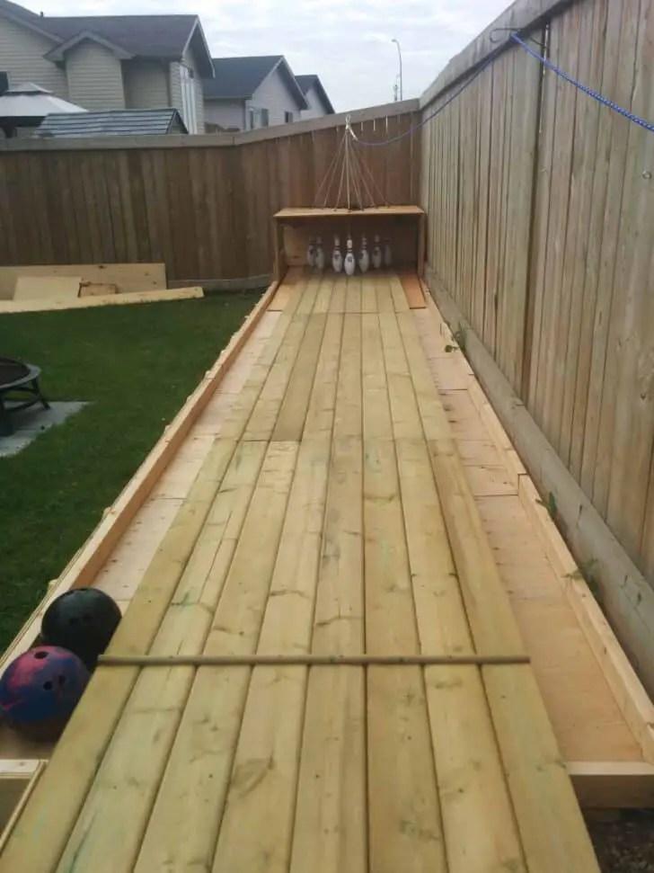 adirondac chair plans wood lounge outdoor amazing diy backyard bowling alley | 1001 gardens