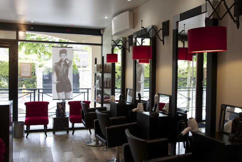 Salon Rouge Design En Tunisie - Décoration de maison idées de design ...