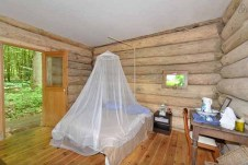 log-cabin-in-the-forest-4