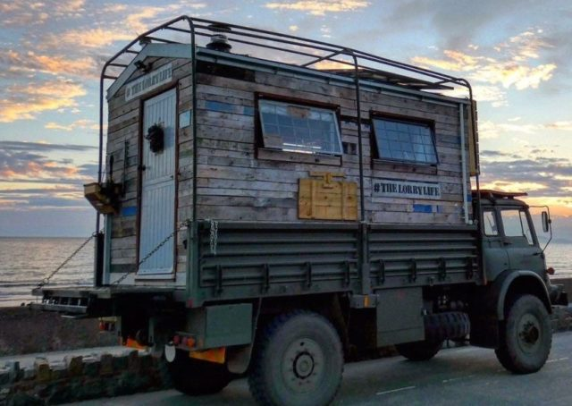 The-Lorry-Life-House-Truck-16