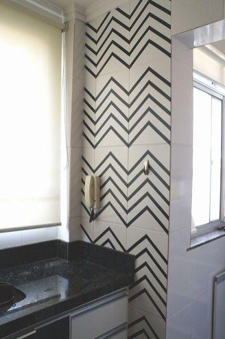 1499053683_41_como-decorar-paredes-com-fita-isolante-inspiracao