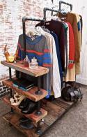 11-ideias-para-criar-um-armario-minimalista-gastando-pouco